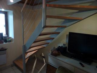 Fabrication et pose d' escalier quart tournant